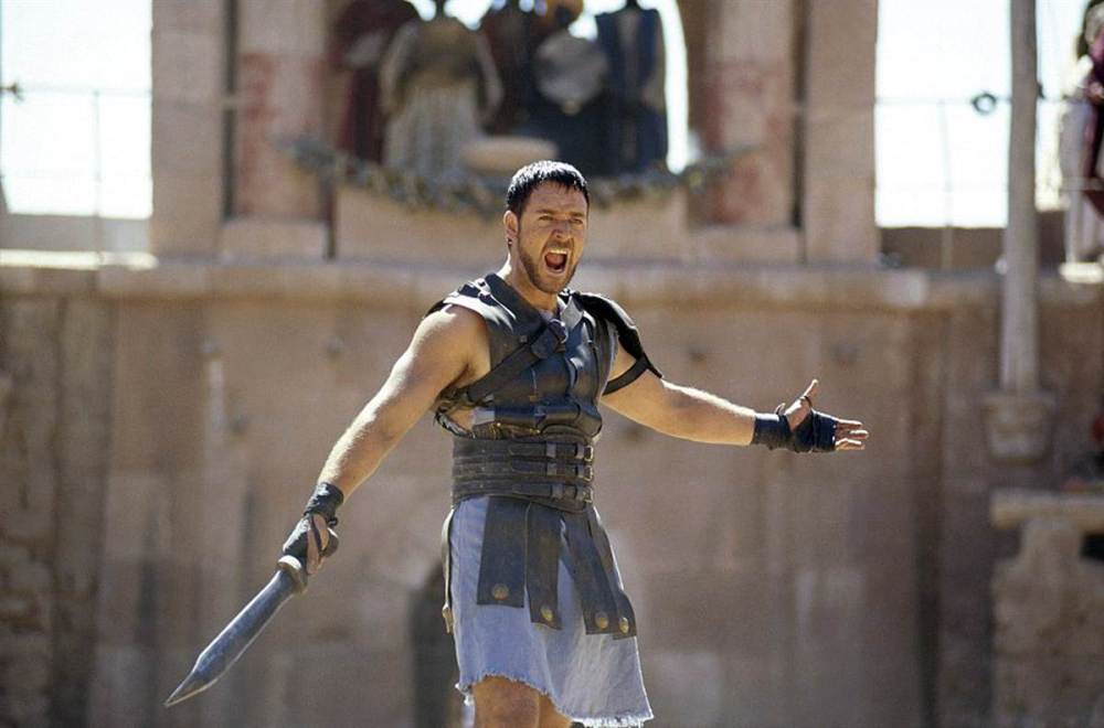 ss-100423-Russell-Crowe-2000-Gladiator.ss_full