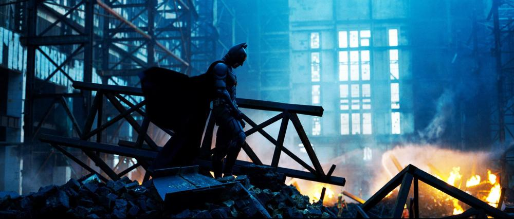 still-of-christian-bale-in-the-dark-knight-(2008)-large-picture