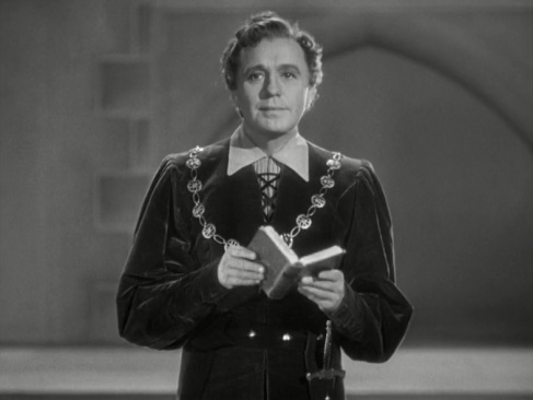 To Be Or Not To Be (1942) – Ernst Lubitsch | The Mind Reels