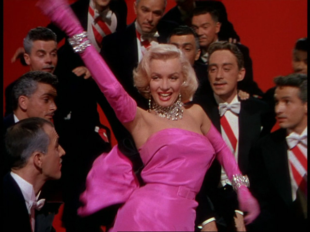 gentlemen-prefer-blondes-marilyn-monroe-02