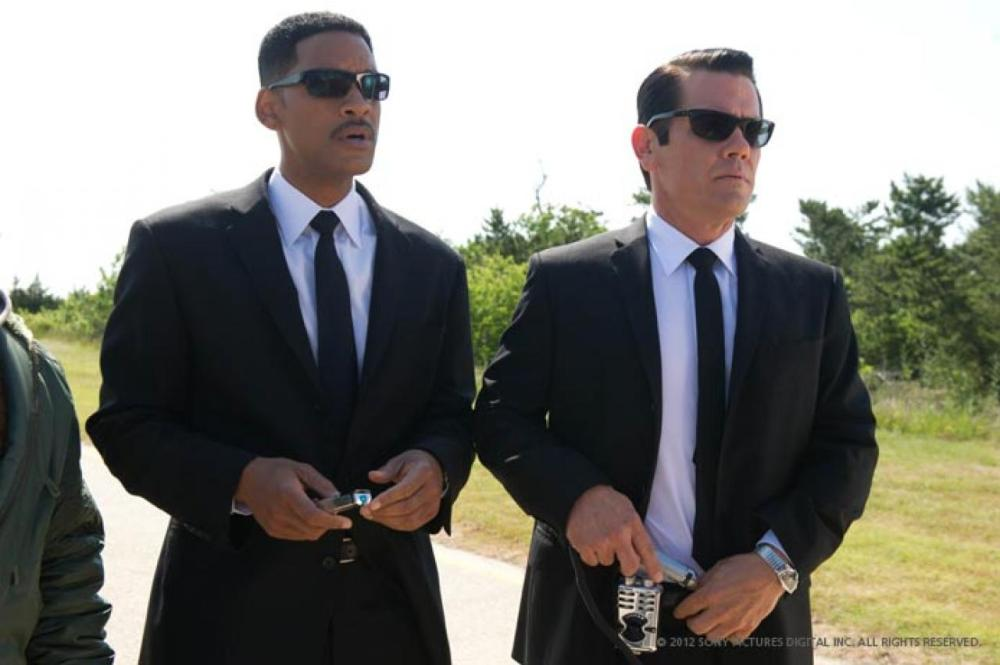 Men-in-Black-3-Photo-Promo-Mars-Will-Smith-+-Josh-Brolin