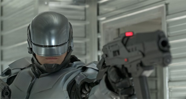 Robocop-2014-gray-armor-shoot