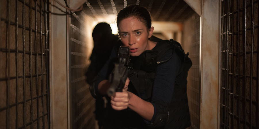 sicario-movie-reviews-starring-emily-blunt-and-benecio-del-toro