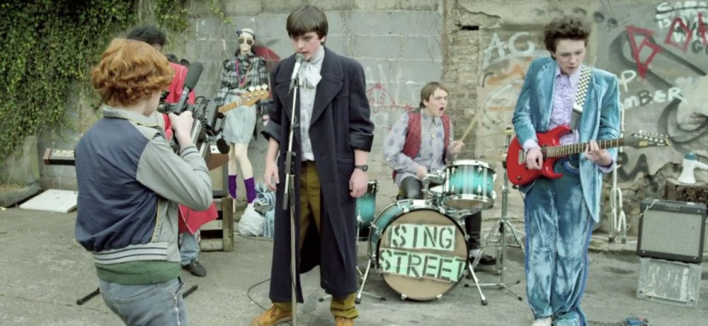 singstreet-band-alley