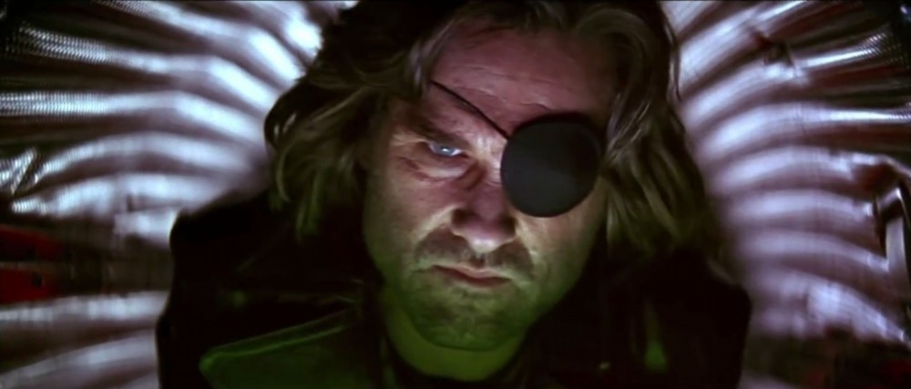 kurt-russell-as-snake-plissken-in-escape