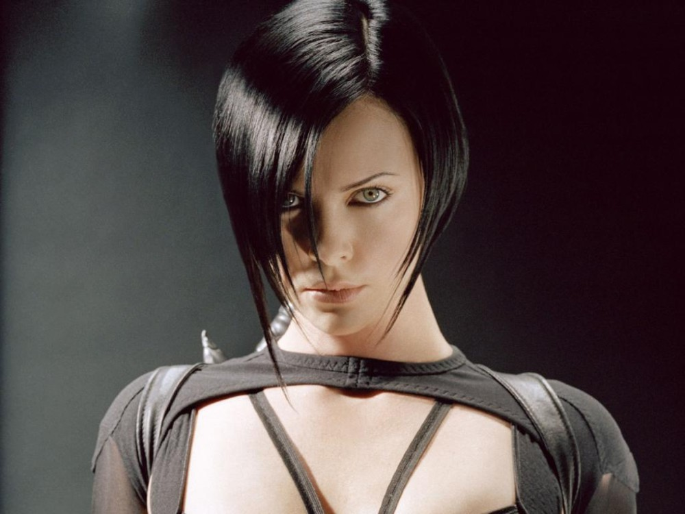 charlize-theron-in-the-movie-aeon-flux-wallpaper-for-ipad-22560x1920ipad-3-wallpaper120