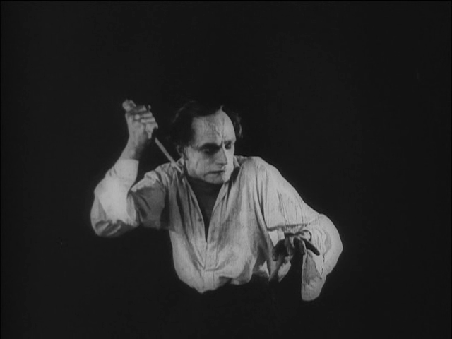 the-hands-of-orlac-2