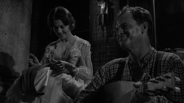 CBS_TWILIGHT_ZONE_069_HD_IMAGE_395015_640x360