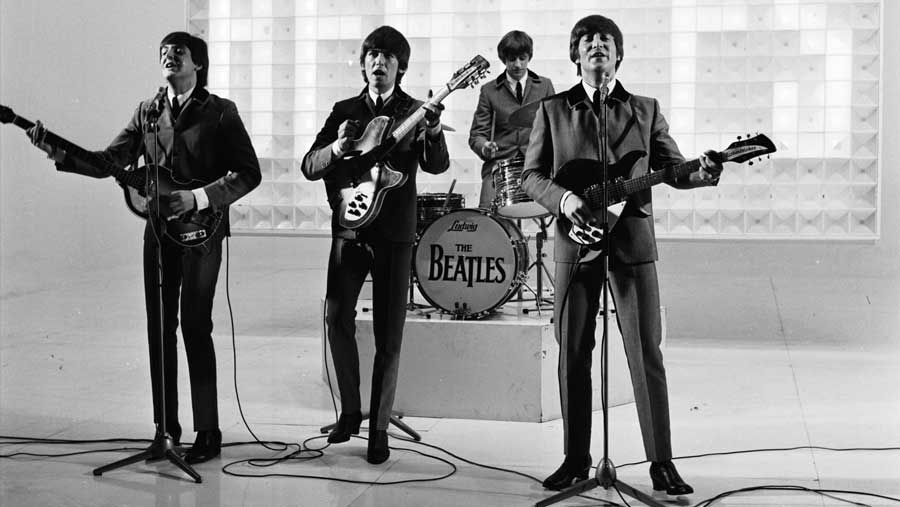 beatles_playing