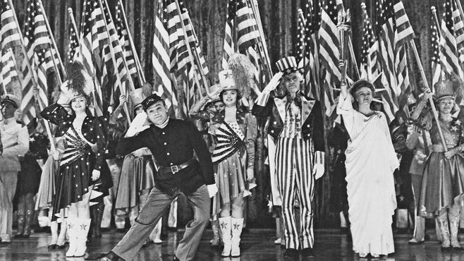 Yankee Doodle Dandy 1942 flag show finale