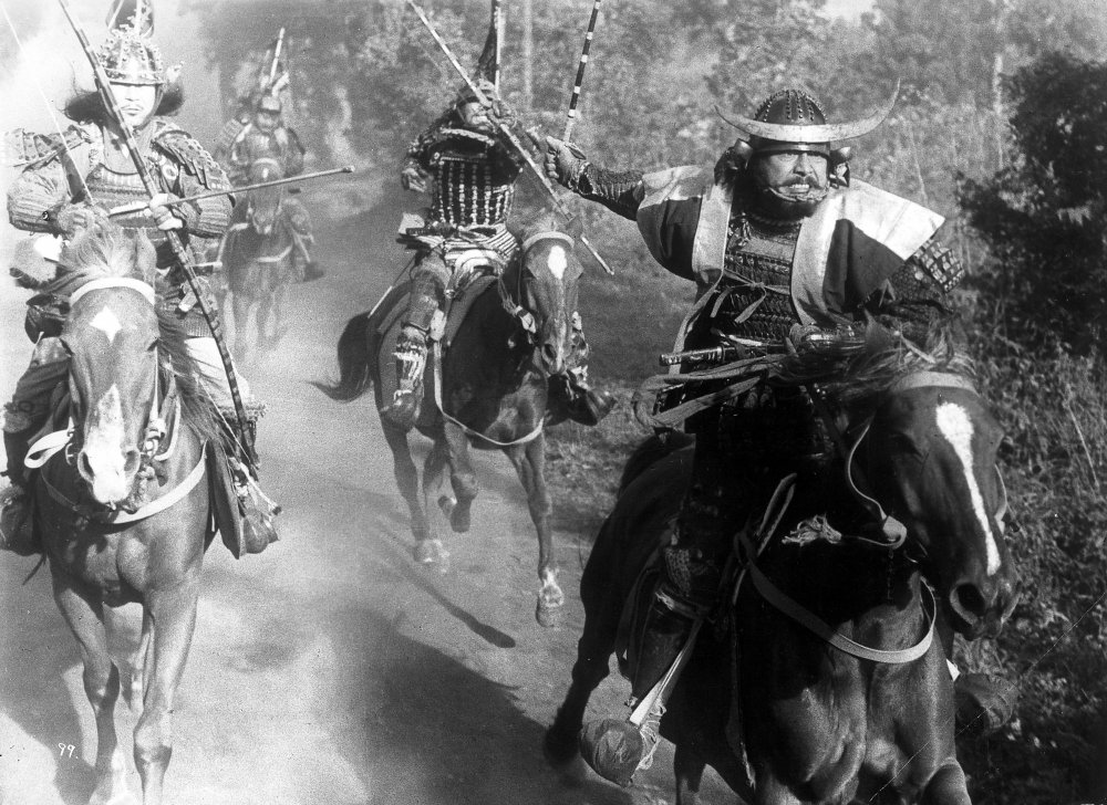 throne-of-blood-1957-001-toshiro-mifune-charging-horses-00m-es4
