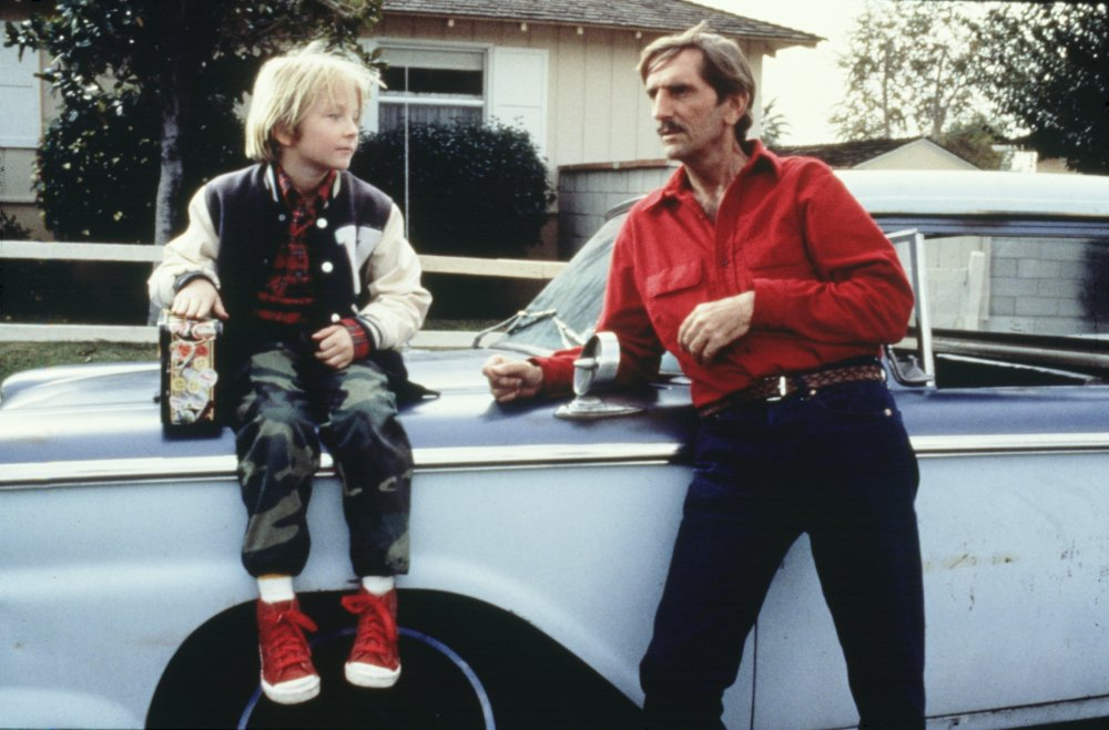 paris-texas-1984-001-harry-dean-stanton-boy-car-00m-py2