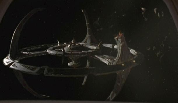 DS9_missing_pylon
