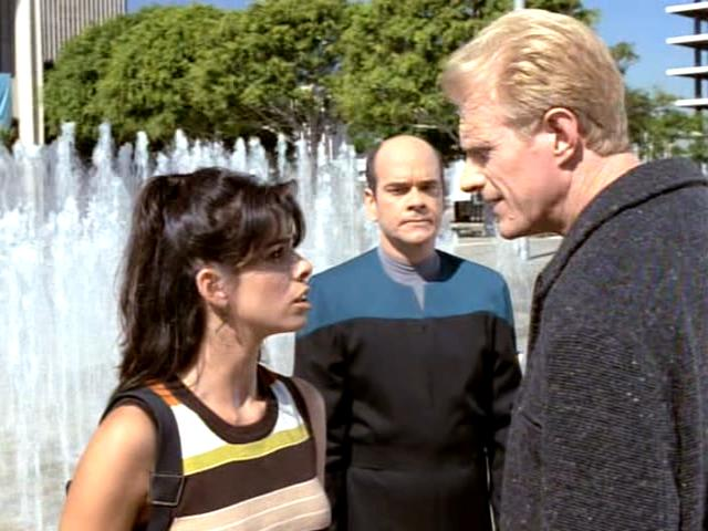 sarah-silverman-as-rain-robinson-voyager-futures-end-part-2-6