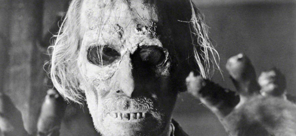 tales-from-the-crypt-1972-peter-cushing-zombie